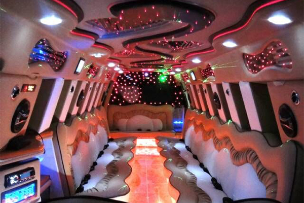 14 Person Escalade Limo Services Springdale